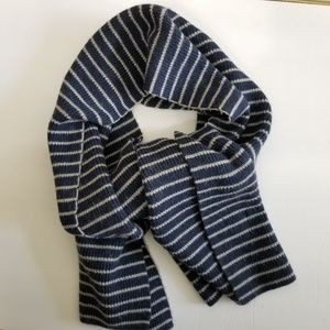 GAP Merino Wool Scarf